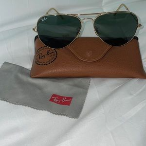 Ray-Ban Aviators with G15 lens, and case